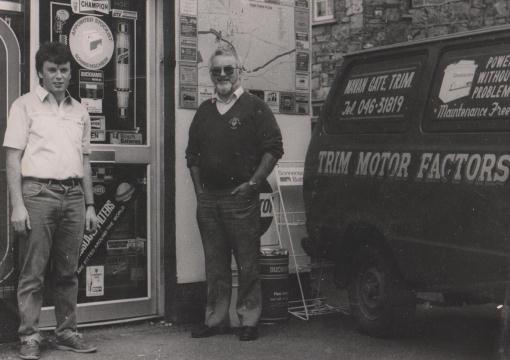 Tony Matt outside original shop 1982